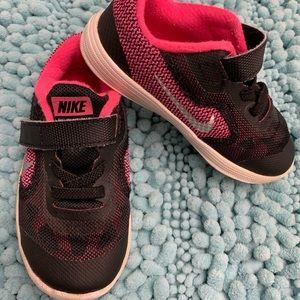 Nike sneakers toddler girl size 8c